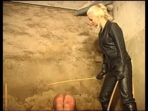 Femdom syonera von styx beyond hard trashing in sexy latex 9