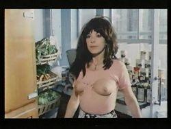 Monique nackt Vita Monica Bellucci